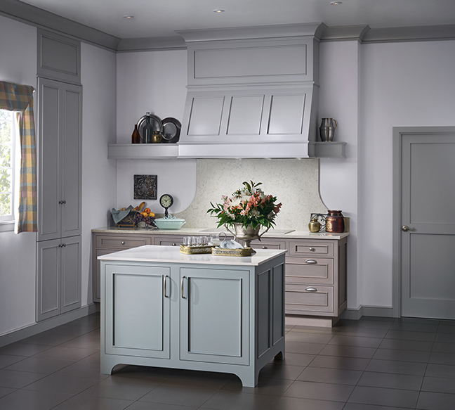 Custom Kitchen Cabinets & Cabinetry